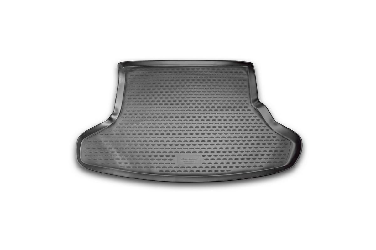 Коврик автомобильный Novline-Autofamily для Toyota Prius хэтчбек 2009, 2010, в багажникNLC.48.22.B11Автомобильный коврик Novline-Autofamily, изготовленный из полиуретана, позволит вам без особых усилий содержать в чистоте багажный отсек вашего авто и при этом перевозить в нем абсолютно любые грузы. Этот модельный коврик идеально подойдет по размерам багажнику вашего автомобиля. Такой автомобильный коврик гарантированно защитит багажник от грязи, мусора и пыли, которые постоянно скапливаются в этом отсеке. А кроме того, поддон не пропускает влагу. Все это надолго убережет важную часть кузова от износа. Коврик в багажнике сильно упростит для вас уборку. Согласитесь, гораздо проще достать и почистить один коврик, нежели весь багажный отсек. Тем более, что поддон достаточно просто вынимается и вставляется обратно. Мыть коврик для багажника из полиуретана можно любыми чистящими средствами или просто водой. При этом много времени у вас уборка не отнимет, ведь полиуретан устойчив к загрязнениям.Если вам приходится перевозить в багажнике тяжелые грузы, за сохранность коврика можете не беспокоиться. Он сделан из прочного материала, который не деформируется при механических нагрузках и устойчив даже к экстремальным температурам. А кроме того, коврик для багажника надежно фиксируется и не сдвигается во время поездки, что является дополнительной гарантией сохранности вашего багажа.Коврик имеет форму и размеры, соответствующие модели данного автомобиля.