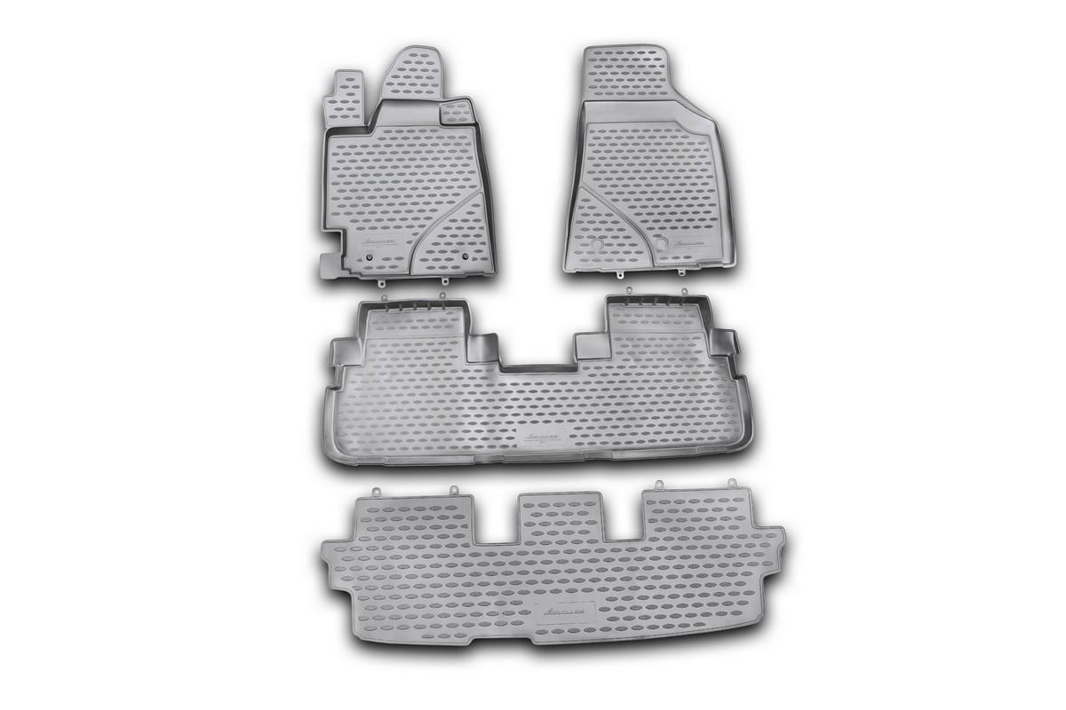 Набор автомобильных ковриков Novline-Autofamily для Toyota Highlander 2010-2014, в салон, 4 штNLC.48.50.210khНабор автомобильных ковриков Novline-Autofamily, изготовленный из полиуретана, состоит из 4 ковриков, которые учитывают все особенности каждой модели автомобиля и полностью повторяют контуры пола. Полиуретановые автомобильные коврики для салона произведены из высококачественного материала, который держит форму, прочный и не пачкает обувь. Коврики в салон не только улучшат внешний вид салона вашего автомобиля, но и надежно уберегут его от пыли, грязи и сырости, а значит, защитят кузов от коррозии. Полиуретановые коврики для автомобиля гладкие, приятные и не пропускают влагу. Ковры для автомобилей надежно крепятся на полу и не скользят, что очень важно во время движения. Чистятся коврики очень просто: как при помощи автомобильного пылесоса, так и различными моющими средствами. Набор подходит для Toyota Highlander 2010-2014 годов выпуска.Уважаемые клиенты!Обращаем ваше внимание, на тот факт, что коврики имеют форму, соответствующую модели данного автомобиля. Также обращаем внимание, что в комплект входят 4 коврика. Фото служит для визуального восприятия товара.
