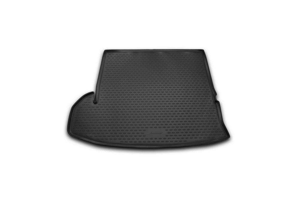 Коврик автомобильный Novline-Autofamily для Toyota Highlander внедорожник 2014-, в багажникNLC.48.75.G13Автомобильный коврик Novline-Autofamily, изготовленный из полиуретана, позволит вам без особых усилий содержать в чистоте багажный отсек вашего авто и при этом перевозить в нем абсолютно любые грузы. Этот модельный коврик идеально подойдет по размерам багажнику вашего автомобиля. Такой автомобильный коврик гарантированно защитит багажник от грязи, мусора и пыли, которые постоянно скапливаются в этом отсеке. А кроме того, поддон не пропускает влагу. Все это надолго убережет важную часть кузова от износа. Коврик в багажнике сильно упростит для вас уборку. Согласитесь, гораздо проще достать и почистить один коврик, нежели весь багажный отсек. Тем более, что поддон достаточно просто вынимается и вставляется обратно. Мыть коврик для багажника из полиуретана можно любыми чистящими средствами или просто водой. При этом много времени у вас уборка не отнимет, ведь полиуретан устойчив к загрязнениям.Если вам приходится перевозить в багажнике тяжелые грузы, за сохранность коврика можете не беспокоиться. Он сделан из прочного материала, который не деформируется при механических нагрузках и устойчив даже к экстремальным температурам. А кроме того, коврик для багажника надежно фиксируется и не сдвигается во время поездки, что является дополнительной гарантией сохранности вашего багажа.Коврик имеет форму и размеры, соответствующие модели данного автомобиля.