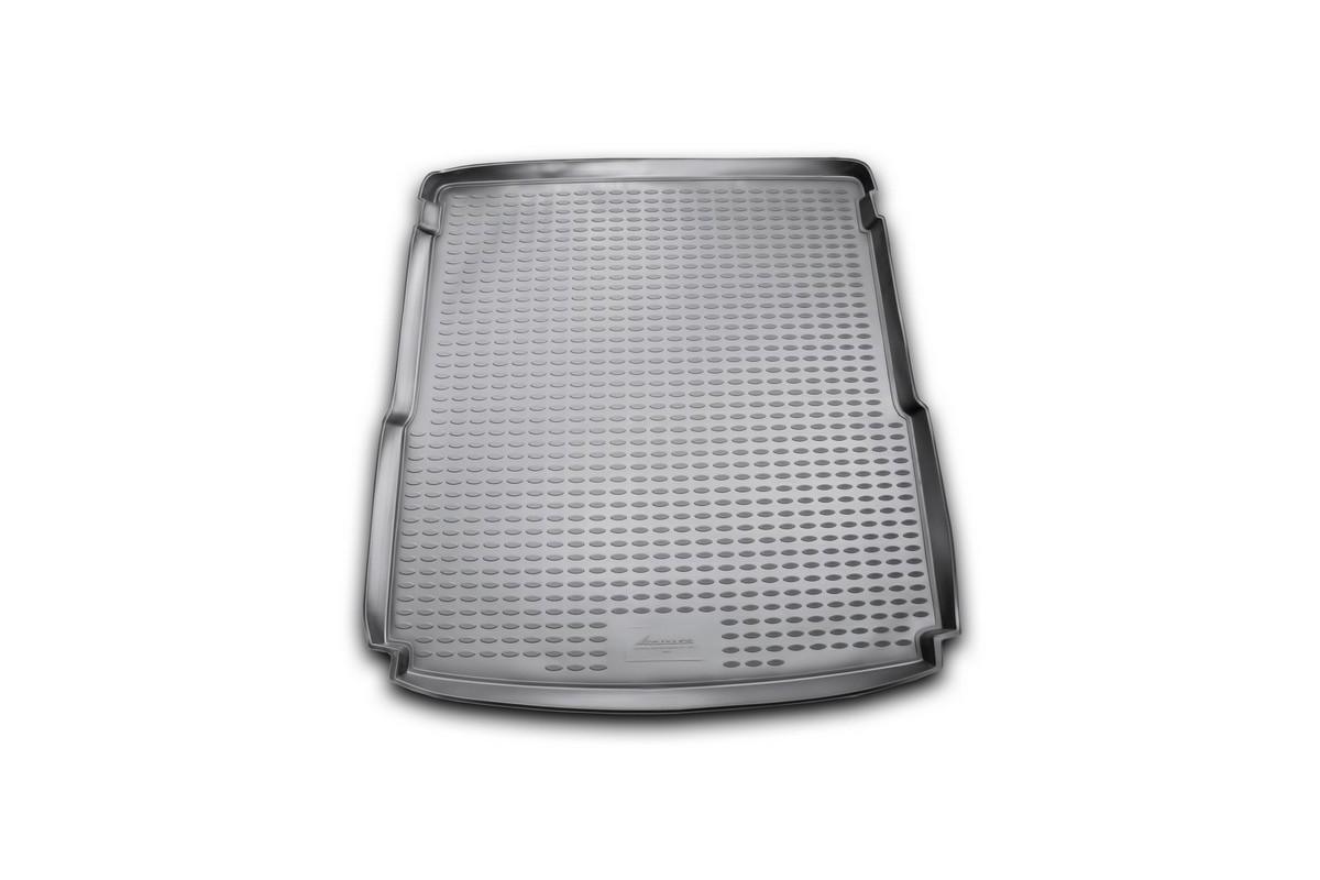 Коврик автомобильный Novline-Autofamily для Volkswagen Passat B7 универсал 2011-, в багажникNLC.51.34.B12Автомобильный коврик Novline-Autofamily, изготовленный из полиуретана, позволит вам без особых усилий содержать в чистоте багажный отсек вашего авто и при этом перевозить в нем абсолютно любые грузы. Этот модельный коврик идеально подойдет по размерам багажнику вашего автомобиля. Такой автомобильный коврик гарантированно защитит багажник от грязи, мусора и пыли, которые постоянно скапливаются в этом отсеке. А кроме того, поддон не пропускает влагу. Все это надолго убережет важную часть кузова от износа. Коврик в багажнике сильно упростит для вас уборку. Согласитесь, гораздо проще достать и почистить один коврик, нежели весь багажный отсек. Тем более, что поддон достаточно просто вынимается и вставляется обратно. Мыть коврик для багажника из полиуретана можно любыми чистящими средствами или просто водой. При этом много времени у вас уборка не отнимет, ведь полиуретан устойчив к загрязнениям.Если вам приходится перевозить в багажнике тяжелые грузы, за сохранность коврика можете не беспокоиться. Он сделан из прочного материала, который не деформируется при механических нагрузках и устойчив даже к экстремальным температурам. А кроме того, коврик для багажника надежно фиксируется и не сдвигается во время поездки, что является дополнительной гарантией сохранности вашего багажа.Коврик имеет форму и размеры, соответствующие модели данного автомобиля.