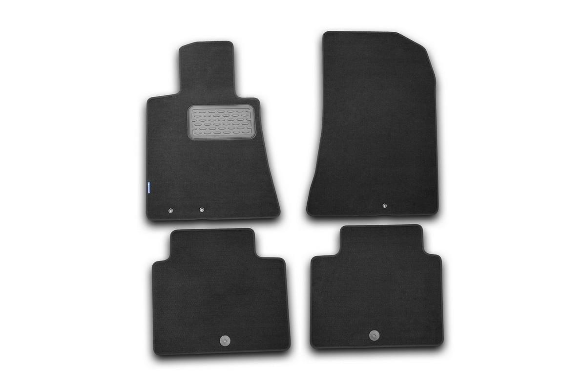 Набор автомобильных ковриков Novline-Autofamily для Hyundai Genesis 2008-, седан, в салон, цвет: черный, 4 шт. NLT.20.31.11.110khNLT.20.31.11.110khНабор автомобильных ковриков Novline-Autofamily, изготовленный из текстиля, состоит из 4 ковриков, которые учитывают все особенности каждой модели автомобиля и полностью повторяют контуры пола. Текстильные автомобильные коврики для салона произведены из высококачественного материала, который держит форму, прочный и не пачкает обувь. Коврики в салон не только улучшат внешний вид салона вашего автомобиля, но и надежно уберегут его от пыли, грязи и сырости, а значит, защитят кузов от коррозии. Текстильные коврики для автомобиля мягкие и приятные, а их основа из вспененного полиуретана не пропускает влагу. Ковры для автомобилей надежно крепятся на полу и не скользят, что очень важно во время движения. Чистятся коврики очень просто: как при помощи автомобильного пылесоса, так и различными моющими средствами. Набор подходит для Hyundai Genesis седан с 2008 года выпуска.