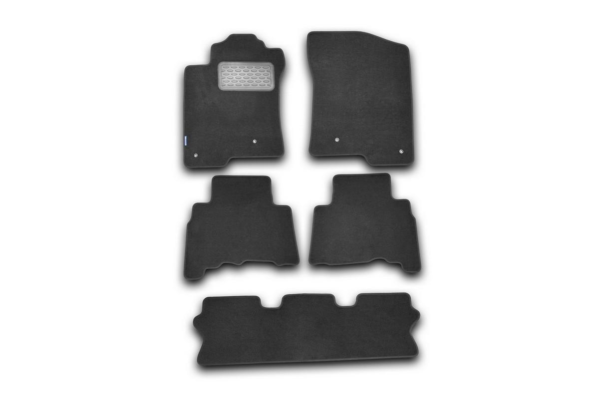 Набор автомобильных ковриков Novline-Autofamily для Lexus GX 460 2010-, внедорожник, в салон, 5 штNLT.29.21.11.110khНабор автомобильных ковриков Novline-Autofamily, изготовленный из текстиля, состоит из 5 ковриков, которые учитывают все особенности каждой модели автомобиля и полностью повторяют контуры пола. Текстильные автомобильные коврики для салона произведены из высококачественного материала, который держит форму, прочный и не пачкает обувь. Коврики в салон не только улучшат внешний вид салона вашего автомобиля, но и надежно уберегут его от пыли, грязи и сырости, а значит, защитят кузов от коррозии. Текстильные коврики для автомобиля мягкие и приятные, а их основа из вспененного полиуретана не пропускает влагу. Ковры для автомобилей надежно крепятся на полу и не скользят, что очень важно во время движения. Чистятся коврики очень просто: как при помощи автомобильного пылесоса, так и различными моющими средствами. Набор подходит для Lexus GX 460 внедорожник с 2010 года выпуска.