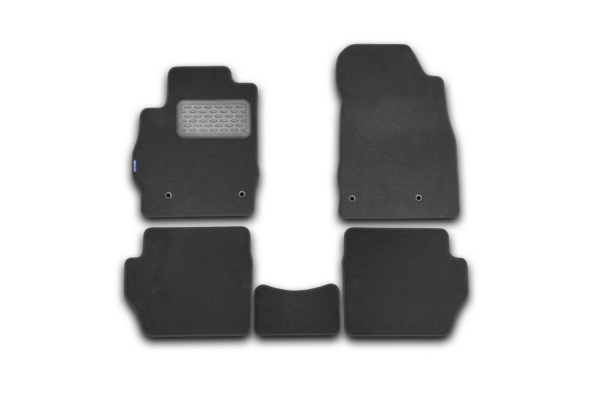 Набор автомобильных ковриков Novline-Autofamily для Mazda 2 АКПП 2007-, хэтчбек, в салон, 5 штNLT.33.15.11.110khНабор автомобильных ковриков Novline-Autofamily, изготовленный из текстиля, состоит из 5 ковриков, которые учитывают все особенности каждой модели автомобиля и полностью повторяют контуры пола. Текстильные автомобильные коврики для салона произведены из высококачественного материала, который держит форму, прочный и не пачкает обувь. Коврики в салон не только улучшат внешний вид салона вашего автомобиля, но и надежно уберегут его от пыли, грязи и сырости, а значит, защитят кузов от коррозии. Текстильные коврики для автомобиля мягкие и приятные, а их основа из вспененного полиуретана не пропускает влагу. Ковры для автомобилей надежно крепятся на полу и не скользят, что очень важно во время движения. Чистятся коврики очень просто: как при помощи автомобильного пылесоса, так и различными моющими средствами. Набор подходит для Mazda 2 АКПП хэтчбек с 2007 года выпуска.