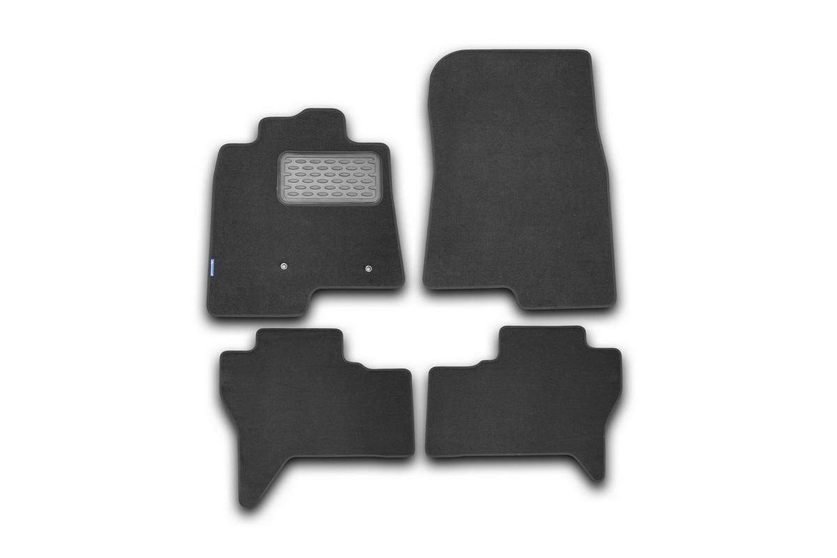 Набор автомобильных ковриков Novline-Autofamily для Mitsubishi Pajero IV 2006-, внедорожник, в салон, 4 штNLT.35.16.11.110khНабор автомобильных ковриков Novline-Autofamily, изготовленный из текстиля, состоит из 4 ковриков, которые учитывают все особенности каждой модели автомобиля и полностью повторяют контуры пола. Текстильные автомобильные коврики для салона произведены из высококачественного материала, который держит форму, прочный и не пачкает обувь. Коврики в салон не только улучшат внешний вид салона вашего автомобиля, но и надежно уберегут его от пыли, грязи и сырости, а значит, защитят кузов от коррозии. Текстильные коврики для автомобиля мягкие и приятные, а их основа из вспененного полиуретана не пропускает влагу. Ковры для автомобилей надежно крепятся на полу и не скользят, что очень важно во время движения. Чистятся коврики очень просто: как при помощи автомобильного пылесоса, так и различными моющими средствами. Набор подходит для Mitsubishi Pajero IV внедорожник с 2006 года выпуска.