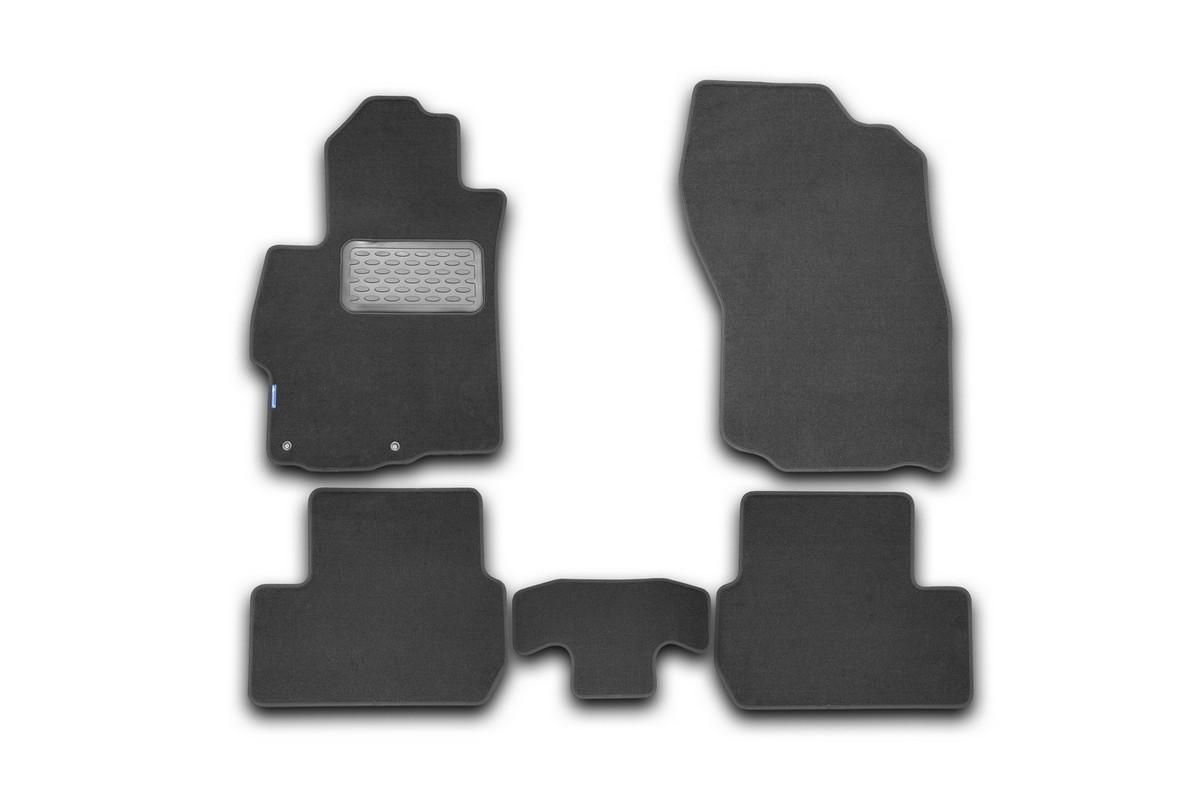 Набор автомобильных ковриков Novline-Autofamily для Mitsubishi Lancer X 2007-, седан, в салон, 5 штNLT.35.27.11.110khНабор автомобильных ковриков Novline-Autofamily, изготовленный из текстиля, состоит из 5 ковриков, которые учитывают все особенности каждой модели автомобиля и полностью повторяют контуры пола. Текстильные автомобильные коврики для салона произведены из высококачественного материала, который держит форму, прочный и не пачкает обувь. Коврики в салон не только улучшат внешний вид салона вашего автомобиля, но и надежно уберегут его от пыли, грязи и сырости, а значит, защитят кузов от коррозии. Текстильные коврики для автомобиля мягкие и приятные, а их основа из вспененного полиуретана не пропускает влагу. Ковры для автомобилей надежно крепятся на полу и не скользят, что очень важно во время движения. Чистятся коврики очень просто: как при помощи автомобильного пылесоса, так и различными моющими средствами. Набор подходит для Mitsubishi Lancer X седан с 2007 года выпуска.