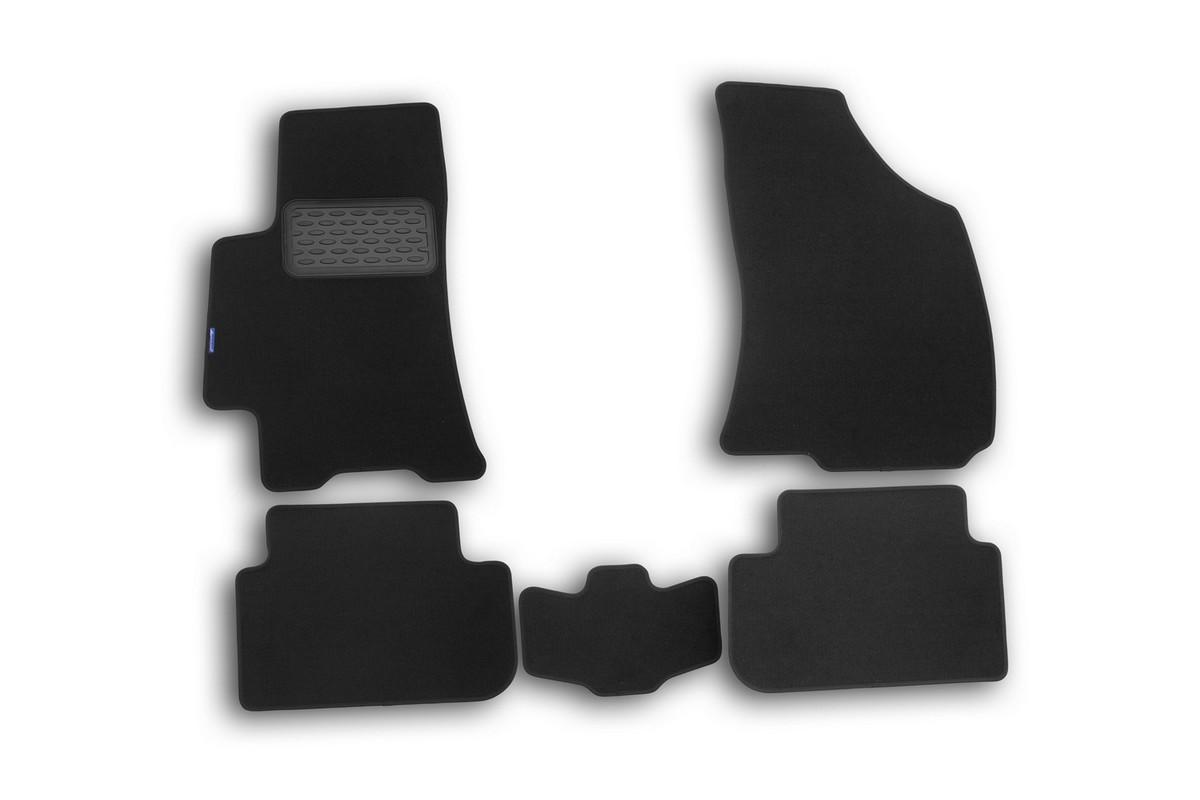 Набор автомобильных ковриков Novline-Autofamily для Chery Tiggo 2006-2013, кроссовер, в салон, 5 штNLT.63.03.11.110khНабор автомобильных ковриков Novline-Autofamily, изготовленный из текстиля, состоит из 5 ковриков, которые учитывают все особенности каждой модели автомобиля и полностью повторяют контуры пола. Текстильные автомобильные коврики для салона произведены из высококачественного материала, который держит форму, прочный и не пачкает обувь. Коврики в салон не только улучшат внешний вид салона вашего автомобиля, но и надежно уберегут его от пыли, грязи и сырости, а значит, защитят кузов от коррозии. Текстильные коврики для автомобиля мягкие и приятные, а их основа из вспененного полиуретана не пропускает влагу. Ковры для автомобилей надежно крепятся на полу и не скользят, что очень важно во время движения. Чистятся коврики очень просто: как при помощи автомобильного пылесоса, так и различными моющими средствами. Набор подходит для Chery Tiggo кроссовер 2006-2013 годов выпуска.