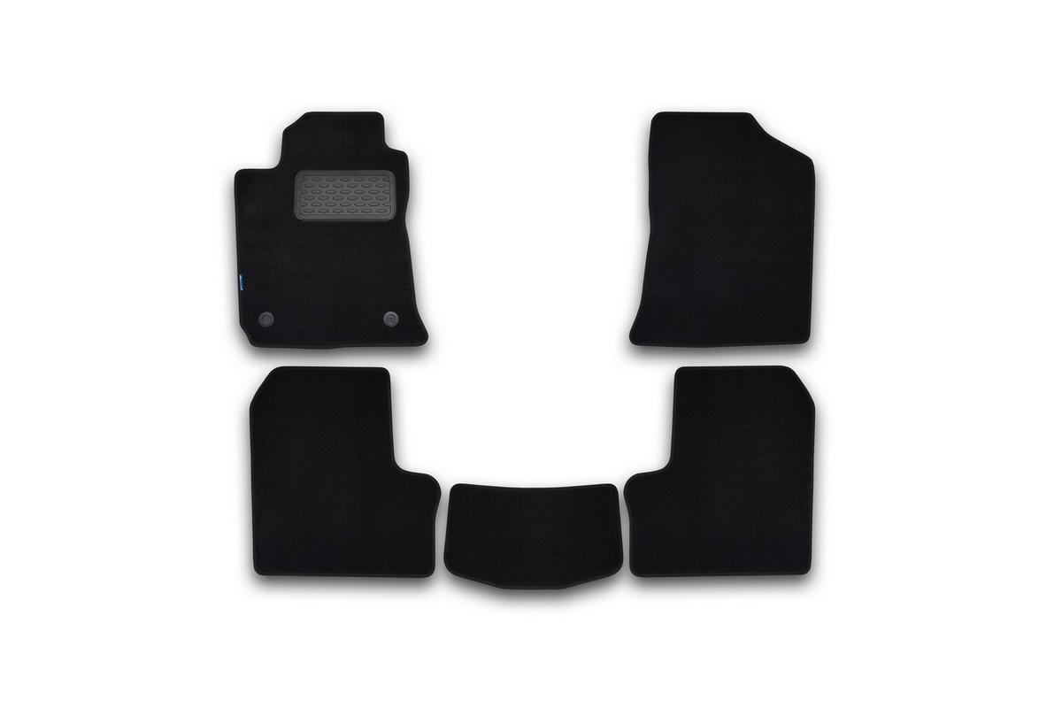 Набор автомобильных ковриков Novline-Autofamily для Byd F-3 2005-, седан, в салон, 5 штNLT.71.02.11.110khНабор автомобильных ковриков Novline-Autofamily, изготовленный из текстиля, состоит из 5 ковриков, которые учитывают все особенности каждой модели автомобиля и полностью повторяют контуры пола. Текстильные автомобильные коврики для салона произведены из высококачественного материала, который держит форму, прочный и не пачкает обувь. Коврики в салон не только улучшат внешний вид салона вашего автомобиля, но и надежно уберегут его от пыли, грязи и сырости, а значит, защитят кузов от коррозии. Текстильные коврики для автомобиля мягкие и приятные, а их основа из вспененного полиуретана не пропускает влагу. Ковры для автомобилей надежно крепятся на полу и не скользят, что очень важно во время движения. Чистятся коврики очень просто: как при помощи автомобильного пылесоса, так и различными моющими средствами. Набор подходит для Byd F-3 седан c 2005 года выпуска.