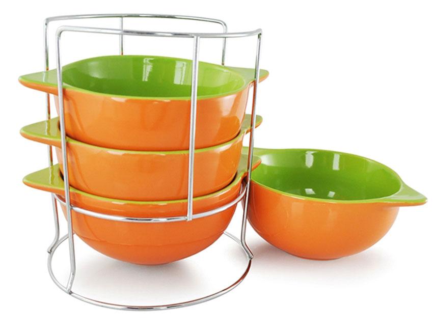 Набор бульонниц Loraine, на подставке, цвет: оранжевый, салатовый, 500 мл, 5 предметов. 2423624236_оранжевыйНабор Loraine состоит из четырех бульонниц, выполненных из высококачественной глазурованной керамики. Бульонницы компактно размещаются на металлической подставке.Бульонницы являются экологически безопасными, так как не содержат кадмия и свинца. Диаметр бульонницы (по верхнему краю): 13,5 см.Ширина бульонницы (с учетом ручек): 17,5 см.Размер подставки: 16 х 16 х 18 см.