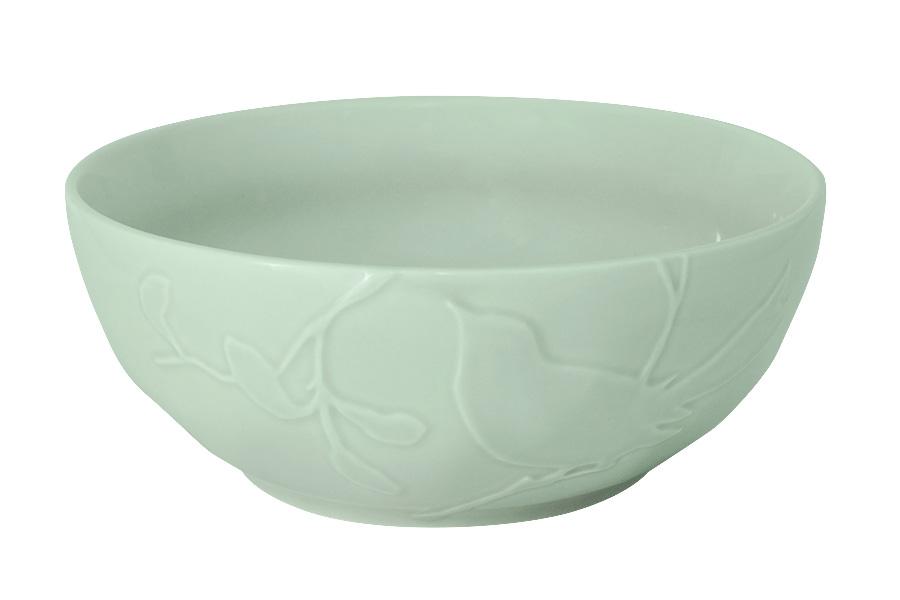 Салатник SantaFe Птицы, цвет: мятный, диаметр 23 смSL-SB15108gr-ALОригинальный салатник SantaFe Птицы, изготовленный из высококачественной керамики, сочетает в себе изысканный дизайн с максимальной функциональностью. Изделие идеально подойдет для сервировки стола и подачи закусок, солений и других блюд. Салатник SantaFe Птицы прекрасно впишется в интерьер вашей кухни и станет достойным подарком к любому празднику. Диаметр салатника (по верхнему краю): 23 см.