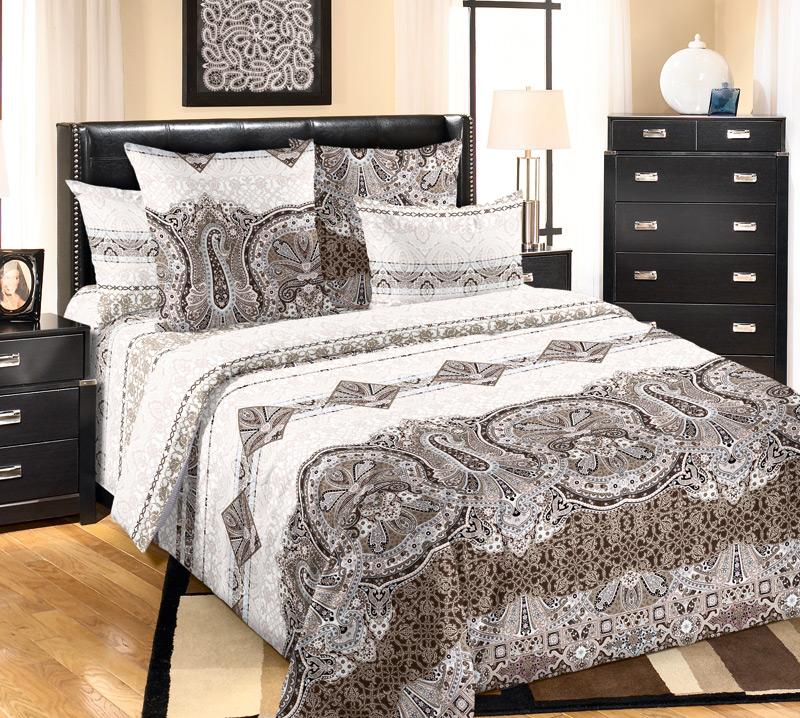 Комплект белья Текс-Дизайн Белла 1, 1,5-спальный, наволочки 70х70, цвет: коричневый, белый1250ПВеликолепное постельное белье Текс-Дизайн Белла 1 выполнено из высококачественного перкаля (100% хлопок) и украшено изящным, эксклюзивным рисунком. Комплект состоит из пододеяльника, простыни и двух наволочек. Перкаль - это тонкая и легкая хлопчатобумажная ткань высокой плотности полотняного переплетения, сотканная из пряжи высоких номеров. При изготовлении перкаля используются длинноволокнистые сорта хлопка, что обеспечивает высокие потребительские свойства материала. Несмотря на свою утонченность, перкаль очень практичен - это одна из самых износостойких тканей для постельного белья.