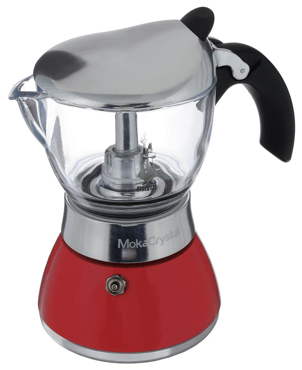 Кофеварка гейзерная Bialetti Moka Crystal, цвет: красный, прозрачный, на 6 чашек4313Компактная гейзерная кофеварка Bialetti Moka Crystal изготовлена извысококачественного алюминия. С помощью прозрачного стекла верхней части вам удобно будет наблюдать за процессом приготовления эспрессо. Объема кофе хватает на 6 чашек. Изделиеоснащено удобной ручкой из бакелита.Принцип работы такой гейзерной кофеварки - кофе заваривается путеммногократного прохождения горячей воды или пара через слой молотого кофе.Удобство кофеварки в том, что вся кофейная гуща остается во внутренней емкости. Гейзерные кофеварки пользуются большой популярностью благодаря изысканномуаромату.Кофе получается крепкий и насыщенный.Теперь и дома вы сможете насладиться великолепным эспрессо.Подходит для газовых, электрических и стеклокерамических плит. Нельзя мыть впосудомоечной машине. Высота (с учетом крышки): 20 см.