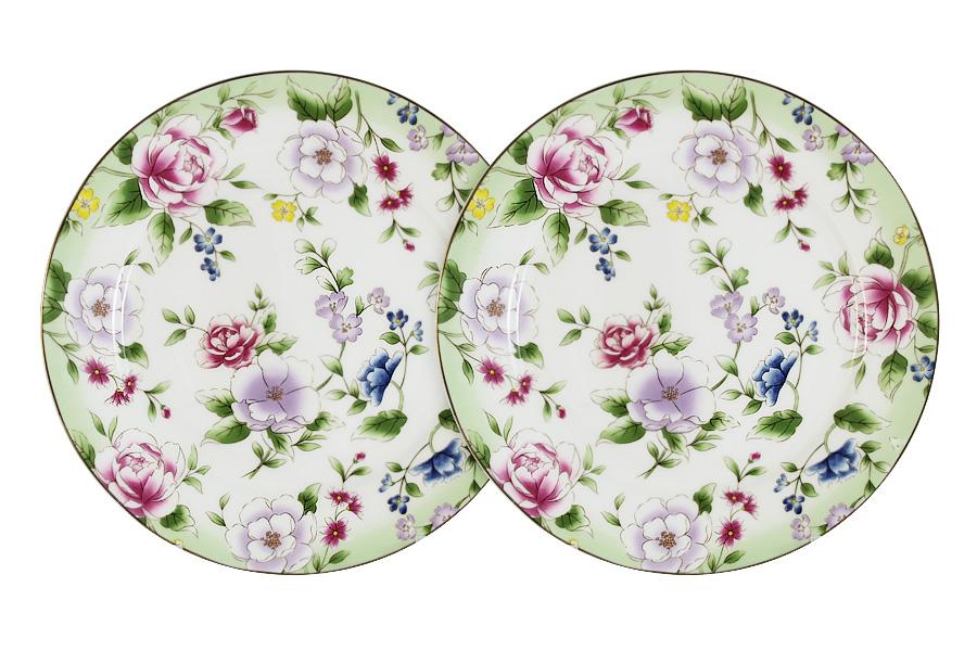 Набор десертных тарелок Colombo HD Лаура, диаметр 20,5 см, 2 штC2-AP/2-K50430ALНабор Colombo HD Лаура состоит из двух десертных тарелок, изготовленных из костяного фарфора высшего качества, отличающегося необыкновенной прочностью и небольшим весом. Яркий дизайн изделий, несомненно, придется вам по вкусу.Набор Colombo HD Лаура украсит ваш кухонный стол, а также станет замечательным подарком к любому празднику.Рекомендуется мыть в теплой воде с применением мягких моющих средств.Диаметр (по верхнему краю): 20,5 см.