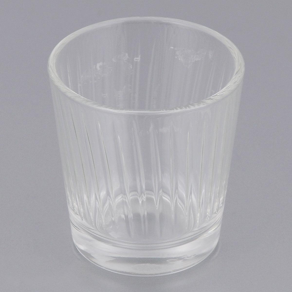 Стопка ОСЗ Тропик, 50 мл05С1266Стопка ОСЗ Тропик, выполненная из прочного стекла, прекрасно подойдет для крепких спиртных напитков. Она ярко дополнит сервировку стола и порадует вас практичностью и оригинальным дизайном. Диаметр стопки: 5 см. Высота стопки: 5,5 см.