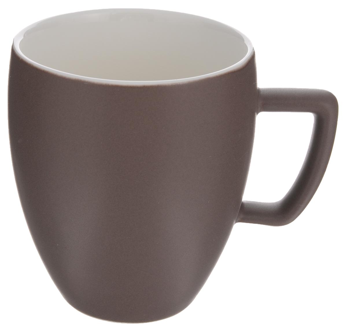 Кружка Tescoma Crema Tone, цвет: коричневый, 300 мл387146_коричневыйКружка Tescoma Crema Tone, изготовленная из высококачественного фарфора, прекрасно дополнит интерьер вашей кухни. Изящный дизайн кружки придется по вкусу и ценителям классики, и тем, кто предпочитает утонченность и изысканность. Кружка Tescoma Crema Tone станет хорошим подарком к любому празднику. Диаметр (по верхнему краю): 8 см.Высота: 10 см.