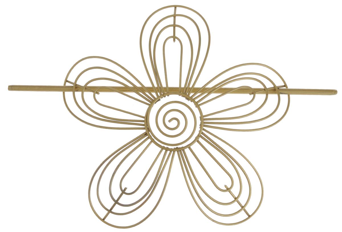 Заколка для штор Мир Мануфактуры, цвет: золотистый. 697018697018_1 золотистыйЗаколка для штор Мир Мануфактуры выполнена из металла в виде цветка.Заколка - это основной вид фурнитуры в декоре штор, сочетающий в себе не только декоративную функцию, но и практическую - регулировать поток света. Заколки для штор способны украсить любую комнату.Размер декоративной части: 16 см х 16,3 см.Длина палочки: 23 см.