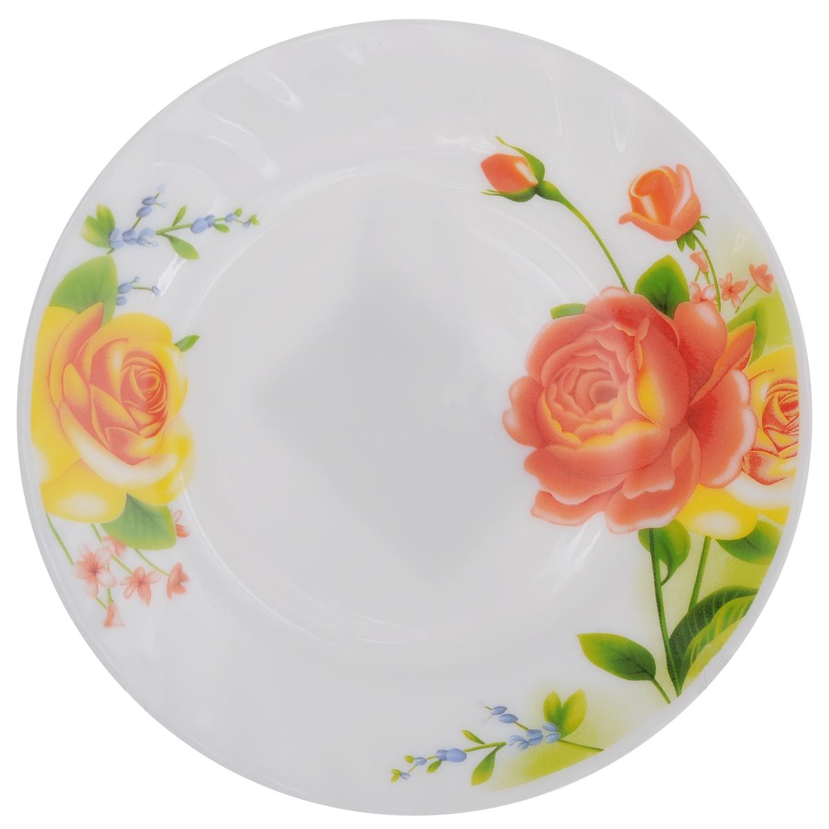 Тарелка десертная Chinbull Алессио, диаметр 17,5 смHP-70/6665Десертная тарелка Chinbull Алессио изготовлена из экологически чистой стеклокерамики. Изделие оформлено красочным рисунком цветов и имеет изысканный внешний вид. Такая тарелка прекрасно подходит как для торжественных случаев, так и для повседневного использования. Идеальна для подачи десертов, пирожных, тортов и многого другого. Она прекрасно оформит стол и станет отличным дополнением к вашей коллекции кухонной посуды.Можно использовать в посудомоечной машине и СВЧ.Диаметр (по верхнему краю): 17,5 см.Высота стенки: 1,7 см.