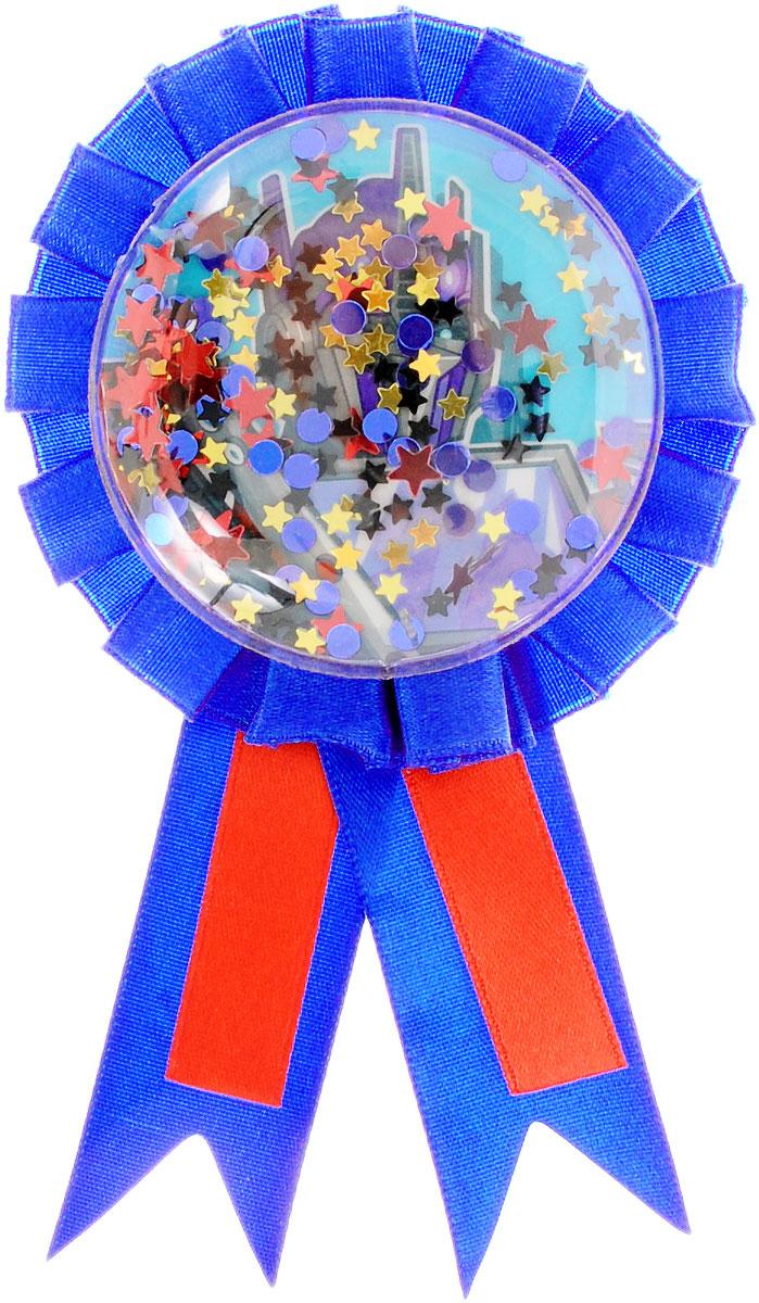 Amscan Значок Трансформеры1507-0896Нарядный значок Трансформеры станет отличной наградой победителю соревнований и игр на детском празднике. Значок выполнен из пластика и оформлен контрастными атласными лентами. Значок украшен изображением робота-трансформера и наполнен блестящими конфетти. Значок надежно и легко крепится на одежду при помощи безопасной булавки. Наградной значок станет неотъемлемым атрибутом любых детских утренников, спортивных соревнований и дня рождения.