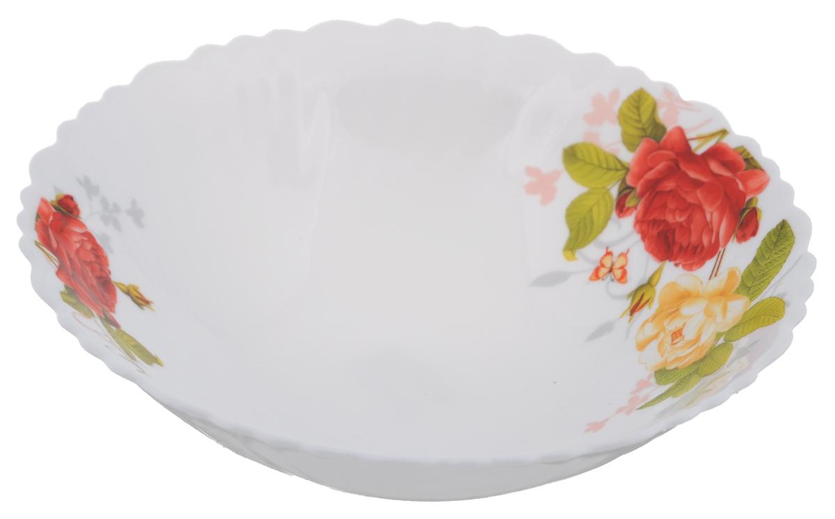 Тарелка суповая Chinbull Рона, диаметр 19 смOLHDW-75/315Суповая тарелка Chinbull Рона, выполненная из высококачественной стеклокерамики, декорирована изображением цветов. Изящный дизайн придется по вкусу и ценителям классики, и тем, кто предпочитает утонченность. Тарелка Chinbull Рона идеально подойдет для сервировки стола и станет отличным подарком к любому празднику.Диаметр (по верхнему краю): 19 см.Высота стенки: 5,3 см.