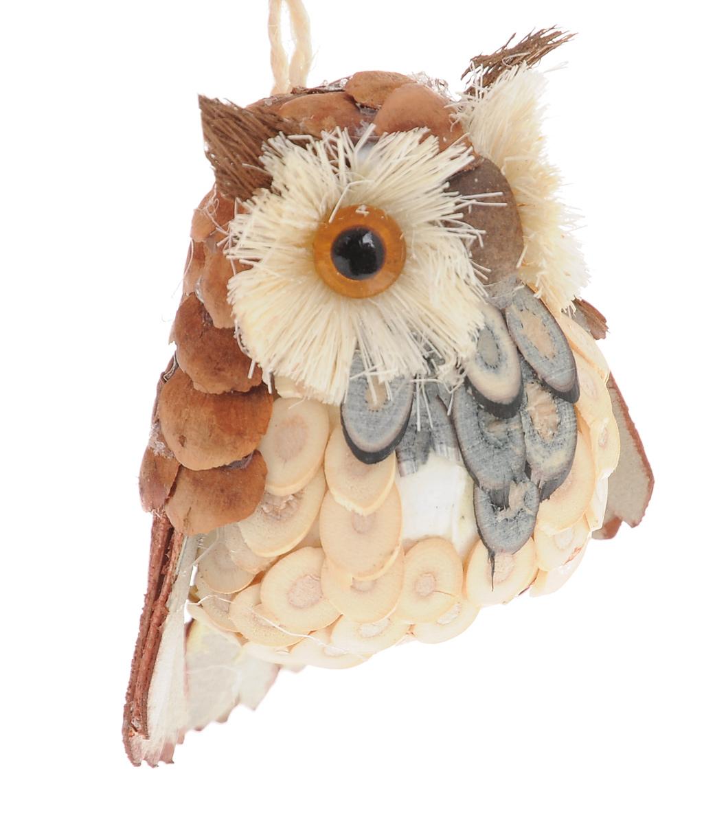 Новогоднее подвесное украшение Winter Wings Сова. N181389N181389Подвесное украшение Winter Wings Сова, изготовленное из соломы и натуральных материалов, станет отличным новогодним украшением. Подвешивается на елку с помощью текстильной петельки. Ваша зеленая красавица с таким украшением будет выглядеть стильно и волшебно. Создайте в своем доме по-настоящему сказочную атмосферу.