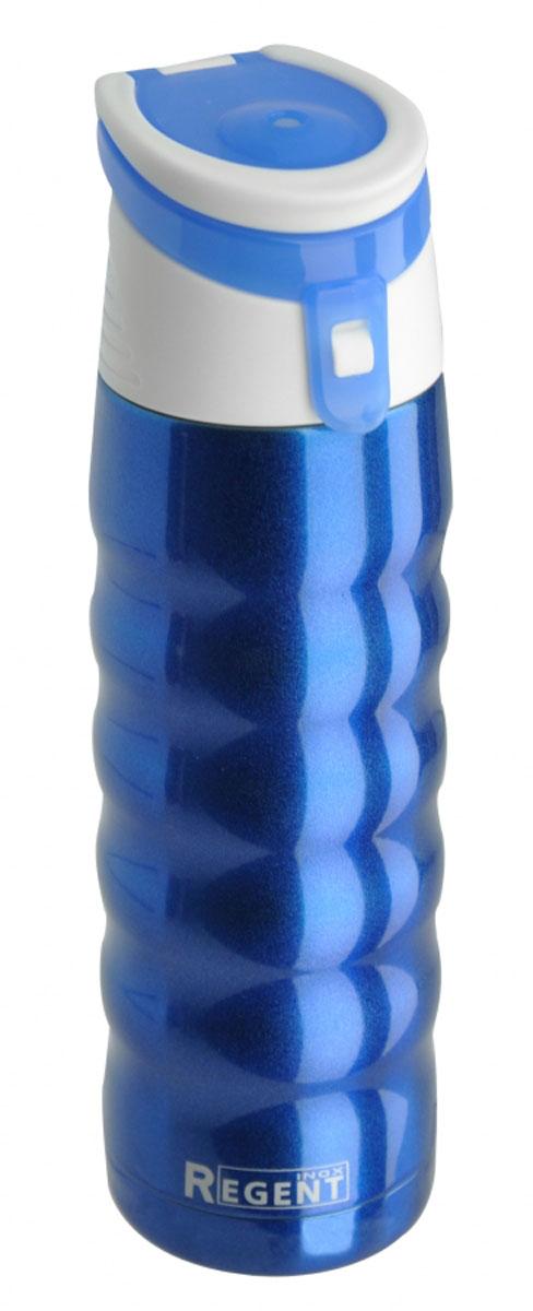 Термос Regent Inox Fitness, цвет: синий, белый, 480 мл93-TE-FI-1-480B_синий, белыйТермос Regent Inox Fitness изготовлен из высококачественной пищевой нержавеющей стали с глянцевой и матовой полировкой, что обеспечивает высокую надежность и долговечность. Современная технология с вакуумной изоляцией и металлическая колба способствуют более длительному сохранению тепла. Термос оснащен пластиковой пробкой с отверстием под трубочку, благодаря этому можно пить на ходу.Термос удобен в использовании дома, на даче, в турпоходе и на рыбалке. Пригодится на работе, в офисе и командировке, экономит электроэнергию и время.Диаметр термоса (по верхнему краю): 5,5 см.Высота термоса (с учетом крышки): 25 см.