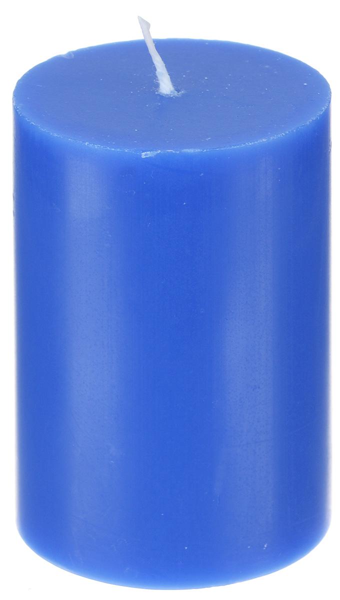 Свеча декоративная Proffi, цвет: синий, высота 8 смPH5896Декоративная свеча Proffi выполнена из парафина и стеарина в классическом стиле. Изделие порадует вас ярким дизайном. Такую свечу можно поставить в любое место, и она станет ярким украшением интерьера. Свеча Proffi создаст незабываемую атмосферу, будь то торжество, романтический вечер или будничный день.