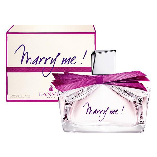 Lanvin Marry Me Woman Парфюмерная вода, 30 млF047922709Lanvin Marry Me! - фруктово-цветочная композиция. Парфюмер соединил всвоем детище фруктовые запахи с ароматом лепестков роз и сладкой амброй.По замыслу создателей, парфюм отражает чувства женщины, которой только чтосделали предложение руки и сердца. И совершенно не важно, насколькосерьезно она отнеслась к услышанным словам.Классификация аромата:Цветочные, фруктовые. Апельсин, персик, фрезия, жасмин, магнолия, роза, амбара, кедр, мускус.Самый популярный вид парфюмерной продукции на сегодняшний день - парфюмерная вода. Это объясняется оптимальным балансом цены икачества - с одной стороны, достаточно высокая концентрация экстракта (10-20%при 90% спирте), с другой - более доступная, по сравнению с духами, цена. Умногих фирм парфюмерная вода - самый высокий по концентрации экстрактавид товара, т.к. далеко не все производители считают нужным (или возможным)выпускать свои ароматы в виде духов. Как правило, парфюмерная вода всегда вспрее-пульверизаторе, что удобно для использования и транспортировки. Такчто если духи по какой-либо причине приобрести нельзя, парфюмерная вода,безусловно, - самая лучшая им замена.Товар сертифицирован.Краткий гид по парфюмерии: виды, ноты, ароматы, советы по выбору. Статья OZON Гид