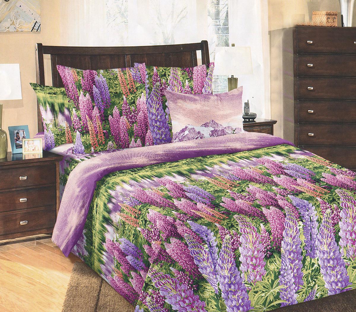 Комплект белья БеЛиссимо Люпины, 2-спальный, наволочки 70х70, цвет: сиреневый, фиолетовый, зеленый2100БКомплект постельного белья БеЛиссимо Люпины является экологически безопасным для всей семьи, так как выполнен из натурального хлопка. Комплект состоит из пододеяльника, простыни и двух наволочек. Постельное белье оформлено оригинальным цветочным 3D рисунком и имеет изысканный внешний вид.Для производства постельного белья используются экологичные ткани высочайшего качества.Бязь - хлопчатобумажная плотная ткань полотняного переплетения. Отличается прочностью и стойкостью к многочисленным стиркам. Бязь считается одной из наиболее подходящих тканей, для производства постельного белья и пользуется в России большим спросом.Коллекция эксклюзивных дизайнов БеЛиссимо - это яркое настроение интерьера вашей спальни. Натуральная ткань (бязь, 100% хлопок) и отличный пошив комплектов - залог вашего комфортного здорового сна.