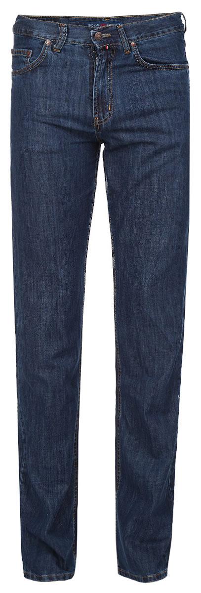 Джинсы мужские F5, цвет: темно-синий. 0965. Размер 33-34 (48/50-34)0965Стильные мужские джинсы F5 - джинсы высочайшего качества на каждый день, которые прекрасно сидят. Модель прямого кроя и средней посадки изготовлена из высококачественного плотного хлопка. Джинсы не сковывают движения и дарят комфорт. Изделие оформлено контрастной отстрочкой. Застегиваются джинсы на пуговицу в поясе и ширинку на молнии, имеются шлевки для ремня. Спереди модель оформлена двумя втачными карманами и одним небольшим секретным кармашком, а сзади - двумя накладными карманами. Эти модные и в тоже время комфортные джинсы послужат отличным дополнением к вашему гардеробу. В них вы всегда будете чувствовать себя уютно и комфортно.