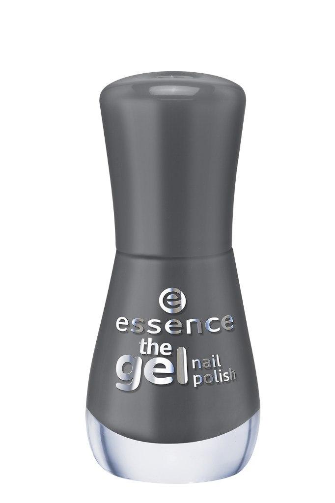 essence Лак для ногтей The gel nail т.53, 8мл54172Лак для ногтей Gel Nail Polish, который совмещает в себе легкость нанесения и стойкий результат. Он на 60% превосходит по стойкости обычный лак для ногтей, дает максимальную защиту от сколов, длительный блеск, в то же время наносится так же легко, как и обычный лак, не требуя применения светодиодной или ультрафиолетовой лампы, а также легко удаляется с помощью жидкости для снятия лака.Инновационная технология с использованием ультратонких пигментов дает более интенсивный и стойкий цвет в сочетании с безупречным глянцевым блеском. Новые лаки для ногтей должны использоваться в сочетании с базовым слоем и верхним покрытием, все вместе давая отличный результат.Просто нанесите на ногти базовый слой и дайте ему полностью высохнуть, затем покрасьте ногти гелем для ногтей желаемого оттенка и тоже тщательно просушите. После этого нанесите верхнее защитное покрытие, и наслаждайтесь результатом! Легко удаляется с помощью обычного средства для снятия лака.Новые лаки для ногтей Essence Gel Nail Polish выпускаются в 46 оттенках с различными видами финишей — матовым, сатиновый, желе, мерцающий, переливающийся.Специально разработанная формула делает лак невероятно стойким и обеспечивает гелевый блеск маникюру. Инновационная технология делает цвет лака насыщенным, а нанесение легким и быстрым.