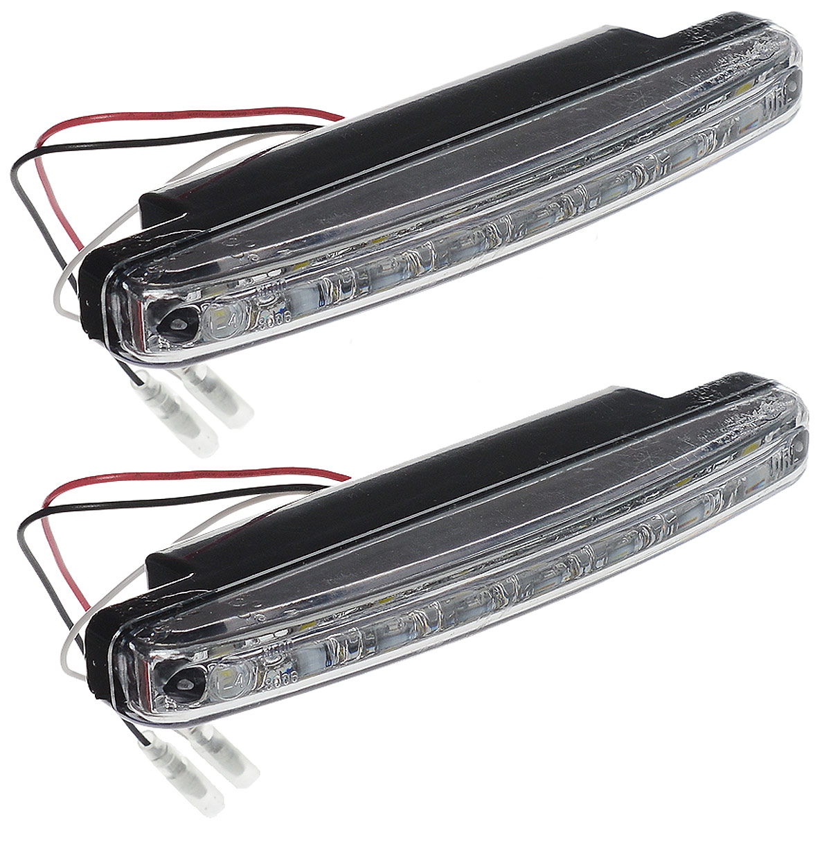 Дневные ходовые огни AVS DL-8S, 2 шт43477Дневные ходовые огни AVS DL-8S - это лампы грузового или легкового автомобиля, используемые для повышения видимости автотранспортного средства в дневное время.Напряжение: 12 В.Мощность: 2,4 Вт х 2.Количество светодиодов: 8 х 2.Модель светодиода: Epistar (SMD 5050 0.3W).Температура свечения: 5000 К.Общий световой поток: 240 Лм.IP защита: 55.