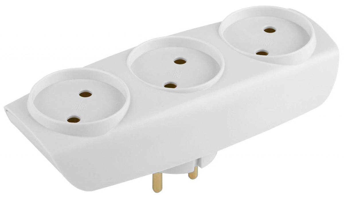 Тройник ЭРА SP-3-W, цвет: белый, 3 гнездаSP-3-WСетевой разветвитель (тройник) ЭРА предназначен для бытового применения в помещениях и обеспечивает возможность присоединения электрических приемников к однофазным сетям с номинальным напряжением 220В. Позволяет подключить несколько потребителей к одной электрической розетке. Материал корпуса - негорючий пластик с антипиренами, устойчив к механическим повреждениям, соответствует требованиям пожаробезопасности. Наличие заземляющего контакта: нет. Напряжение номинальное: 220В. Напряжение максимальное: 250В. Температура эксплуатации: от +5°С до +40°С. Относительная влажность: не более 85%. Срок службы: 5 лет. Материал корпуса: поликарбонат. Материал токоведущих частей: латунь CuZn15.