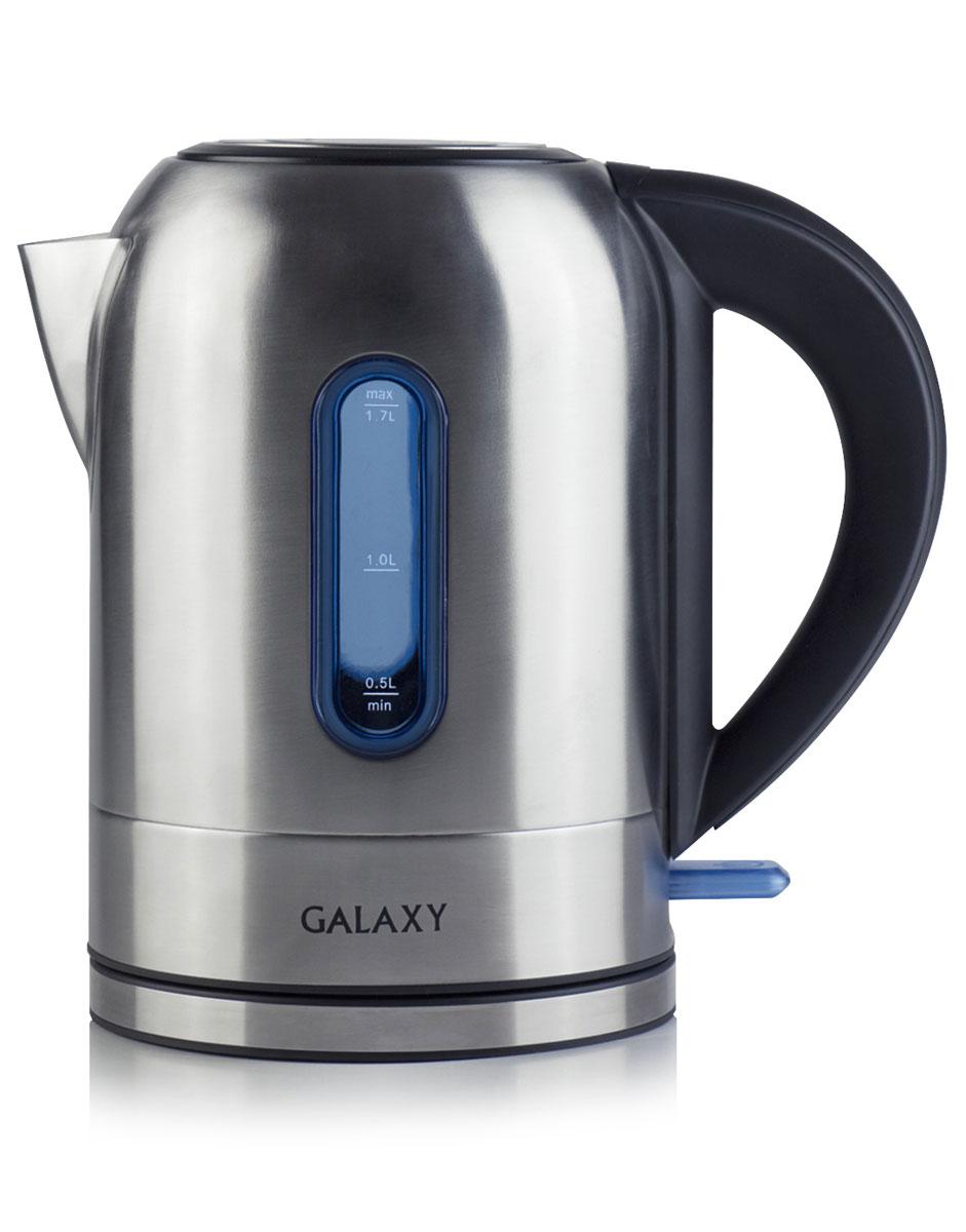 Galaxy GL0315, Grey электрочайник4650067301570Электрочайник Galaxy GL0315 изготовлен из высококачественной нержавеющей стали. Корпус из стали долговечен, не подвергается коррозии и обладает антиаллергенными свойствами. Благодаря мощности в 2200 Вт и нагревательному элементу скрытого типа быстро вскипятит воду объемом до 1,7 литров.Данная модель оснащена световым индикатором включения/выключения и шкалой уровня воды. Цоколь с центральным контактом позволяет поворачивать прибор на 360°. В целях безопасности имеются функции блокировки включения без воды и автоматического отключения при закипании.Скрытый нагревательный элементМерная шкала