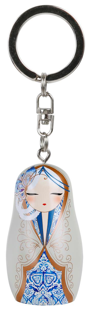 """Брелок-талисман Kimmidoll """"Матрешка (Любовь)"""" выполнен из поливинилхлорида и оформлен в виде матрешки в японском стиле.   Матрешка-талисман принесет вам праздник любви. Его замечательный танец и мелодию, которые постоянно меняются, когда вы познаете красоту мира с теми, кого любите.   Брелок дополнен цепочкой с кольцом для подвешивания.  Изделие поставляется в подарочной упаковке.  Брелок-талисман Kimmidoll станет приятным трогательным подарком, хорошим элементом домашнего декора или просто частью вашей бесценной коллекции на долгие годы."""