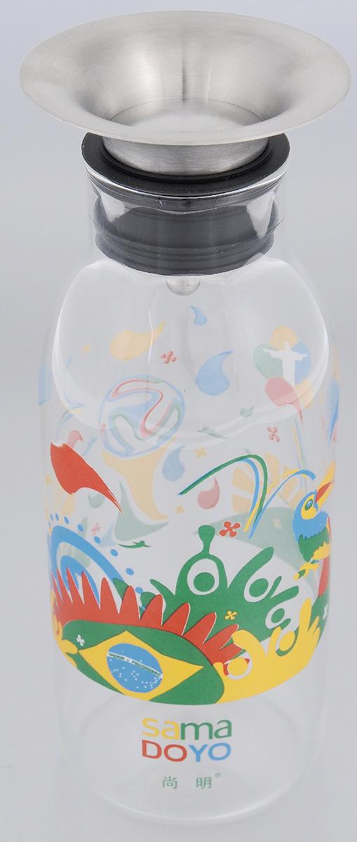 Бутылка заварочная Samadoyo для приготовления холодного чая, 700 мл02309Бутылка заварочная Samadoyo предназначена для приготовления всех видов холодного чая (ice tea), коктейлей на их основе, а также любых других напитков.Материал, из которого выполнена эта бутылка - боросиликатное жаропрочное стекло, позволяет заваривать в ней и напитки, требующие кипятка. Окись бора, добавленная в стекло при производстве, придает стеклу пластичность, оно не трескается при большой разнице температур. Фильтр, плотно закрывающий горлышко бутылки, выполнен из нержавеющей стали и пищевого силикона, имеет независимый механизм крышки, которая открывается и закрывается в зависимости от изменения угла наклона бутылки.Дизайн изделия выполнен в современном европейском стиле, будет хорошо выглядеть на вашем столе. Прозрачное стекло позволяет любоваться цветом напитка с любого угла обзора и оценить его качество.Высота бутылки (без учета крышки): 20 см.Диаметр по верхнему краю: 5 см.