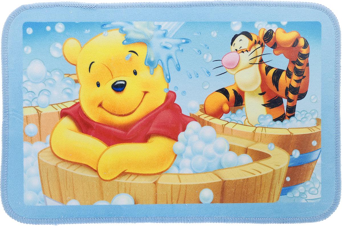 Коврик Disney Винни и его друзья, 60 х 40 см60634_в бочкахКоврик Disney Винни и его друзья, изготовленный из микрофибры (полиэстера) с основой из ПВХ, имеет комфортную бархатистую поверхность и хорошо впитывает влагу. Коврик, декорированный красочным изображением героев мультфильма Приключения Винни Пуха, внесет оригинальную нотку в интерьер дома. Противоскользящее основание препятствует скольжению коврика на влажном полу. Коврик с ярким рисунком украсит любую детскую комнату. Вы можете положить коврик рядом с детской кроваткой или у стола, за которым ребенок делает уроки. Также коврик можно использовать в ванной комнате, благодаря его способности впитывать влагу.Коврик Disney Винни и его друзья - прекрасное решение для детской или ванной комнаты.