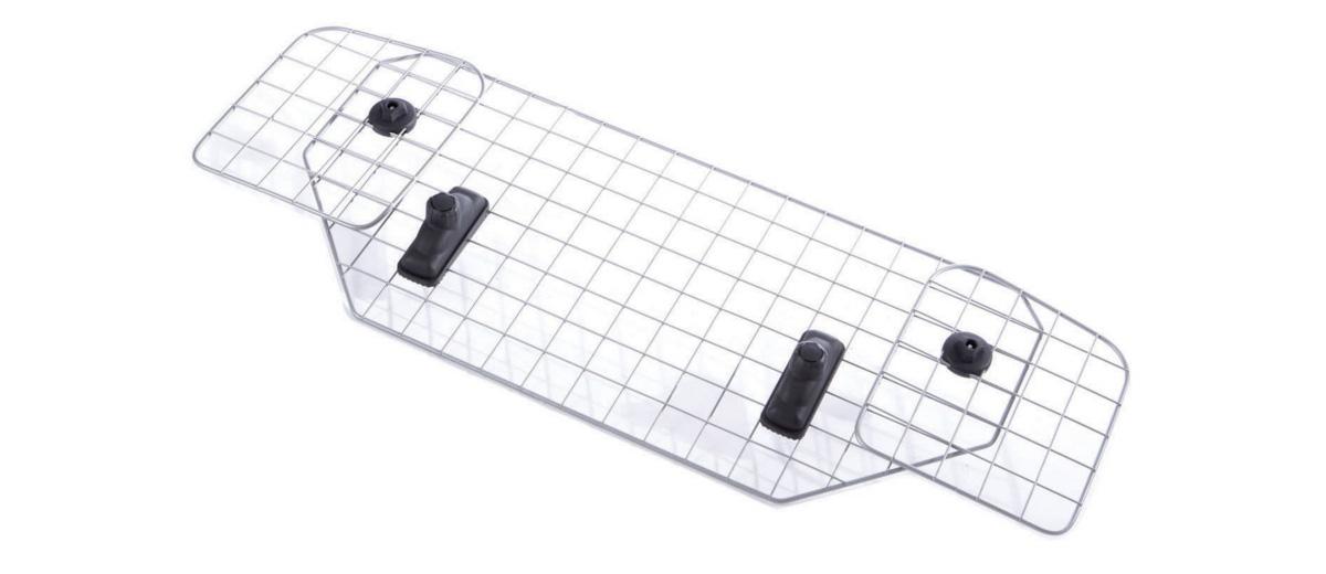 Сетка для собак Mesh Headrest, MB691141MB691141В течение 60-ти лет шведская компания MontBlanc занимает одно из ведуших мест на рынке как производитель, разработчик и поставщик багажников на крышу автомобиля мирового класса. В тесном сотрудничестве с ведущими производителями автомобилей MontBlanc конструирует автобагажники, специально предназначенные для конкретных моделей машин и удовлетворяющие самым высоким требованиям.Концепция MontBlanc - Сделай жизнь легче! - перекликается с философией компании, которая заключена в трёх словах – свобода, дизайн, безопасность. Многие ведущие мировые автомобильные компании выбирают автобагажники MontBlanc. Багажники Mont Blanc удобны, стильны, просты в установке, в плане подбора более просты, чем Thule, так как продаются уже готовым комплектом.Универсальный продукт для универсалов и хэтчбеков.