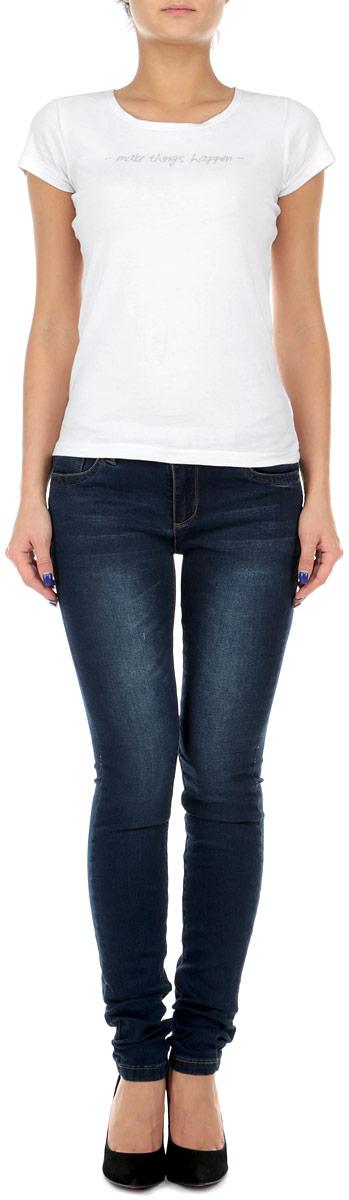 Джинсы женские Broadway, цвет: темно-синий. 10151242 L34. Размер 28-34 (44-34)10151242Стильные женские джинсы Broadway - это джинсы высочайшего качества, которые прекрасно сидят. Они выполнены из высококачественного эластичного хлопка, что обеспечивает комфорт и удобство при носке. Джинсы слим классической посадки станут отличным дополнением к вашему современному образу. Джинсы застегиваются на пуговицу в поясе и ширинку на застежке-молнии, имеются шлевки для ремня. Джинсы имеют классический пятикарманный крой: спереди модель оформлены двумя втачными карманами и одним маленьким накладным кармашком, а сзади - двумя накладными карманами.Эти модные и в тоже время комфортные джинсы послужат отличным дополнением к вашему гардеробу.