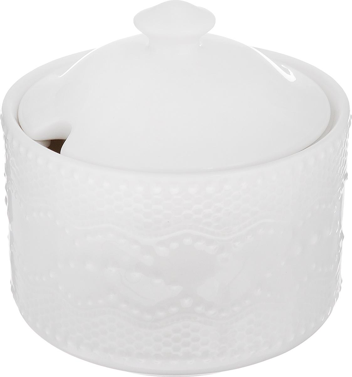 Сахарница Walmer Vivien, цвет: белый, 300 млW07250010Великолепная сахарница Walmer Vivien выполнена из высококачественного фарфора и оснащенакрышкой. Эксклюзивный дизайн,эстетичность и функциональность сахарницы делают ее незаменимой на любойкухне.Диаметр сахарницы (по верхнему краю): 9,7 см.Высота сахарницы (без учета крышки): 7 см.