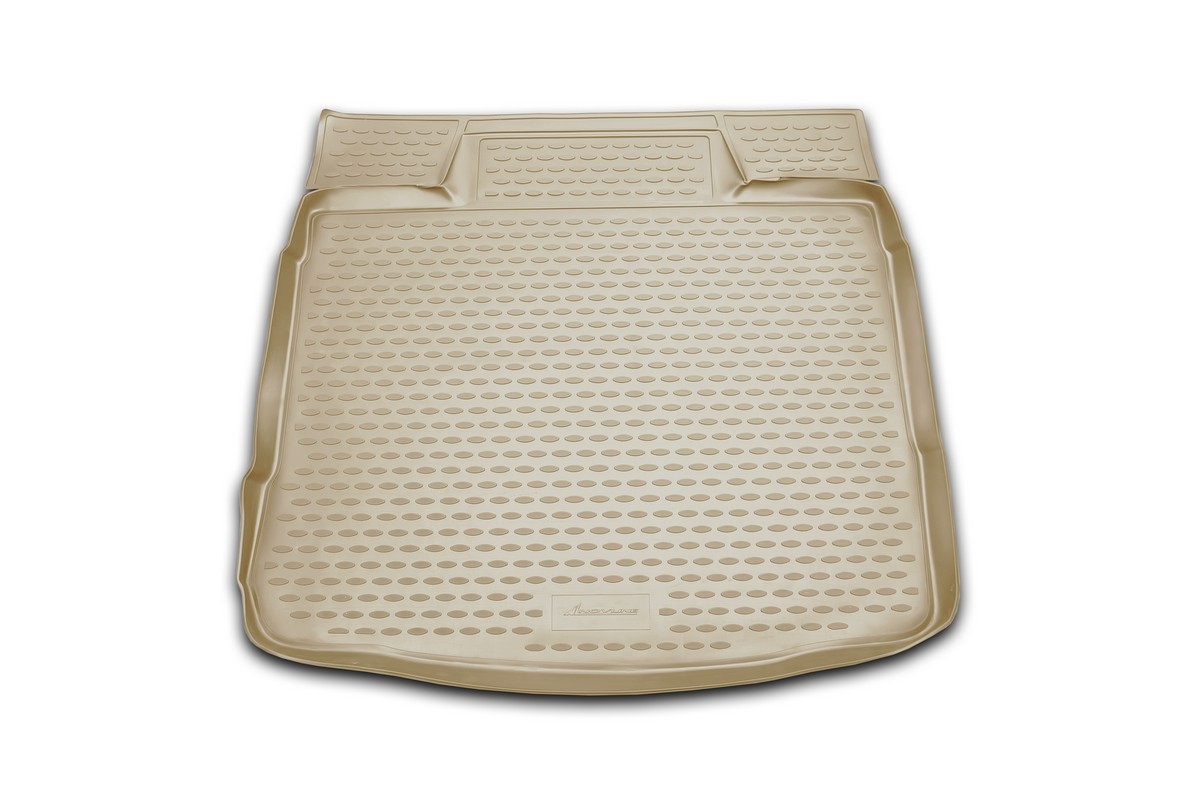 Коврик автомобильный Novline-Autofamily для Ford Escape кроссовер 2007-, в багажник, цвет: бежевый. NLC.16.24.B13bNLC.16.24.B13bАвтомобильный коврик Novline-Autofamily, изготовленный из полиуретана, позволит вам без особых усилий содержать в чистоте багажный отсек вашего авто и при этом перевозить в нем абсолютно любые грузы. Этот модельный коврик идеально подойдет по размерам багажнику вашего автомобиля. Такой автомобильный коврик гарантированно защитит багажник от грязи, мусора и пыли, которые постоянно скапливаются в этом отсеке. А кроме того, поддон не пропускает влагу. Все это надолго убережет важную часть кузова от износа. Коврик в багажнике сильно упростит для вас уборку. Согласитесь, гораздо проще достать и почистить один коврик, нежели весь багажный отсек. Тем более, что поддон достаточно просто вынимается и вставляется обратно. Мыть коврик для багажника из полиуретана можно любыми чистящими средствами или просто водой. При этом много времени у вас уборка не отнимет, ведь полиуретан устойчив к загрязнениям.Если вам приходится перевозить в багажнике тяжелые грузы, за сохранность коврика можете не беспокоиться. Он сделан из прочного материала, который не деформируется при механических нагрузках и устойчив даже к экстремальным температурам. А кроме того, коврик для багажника надежно фиксируется и не сдвигается во время поездки, что является дополнительной гарантией сохранности вашего багажа.Коврик имеет форму и размеры, соответствующие модели данного автомобиля.