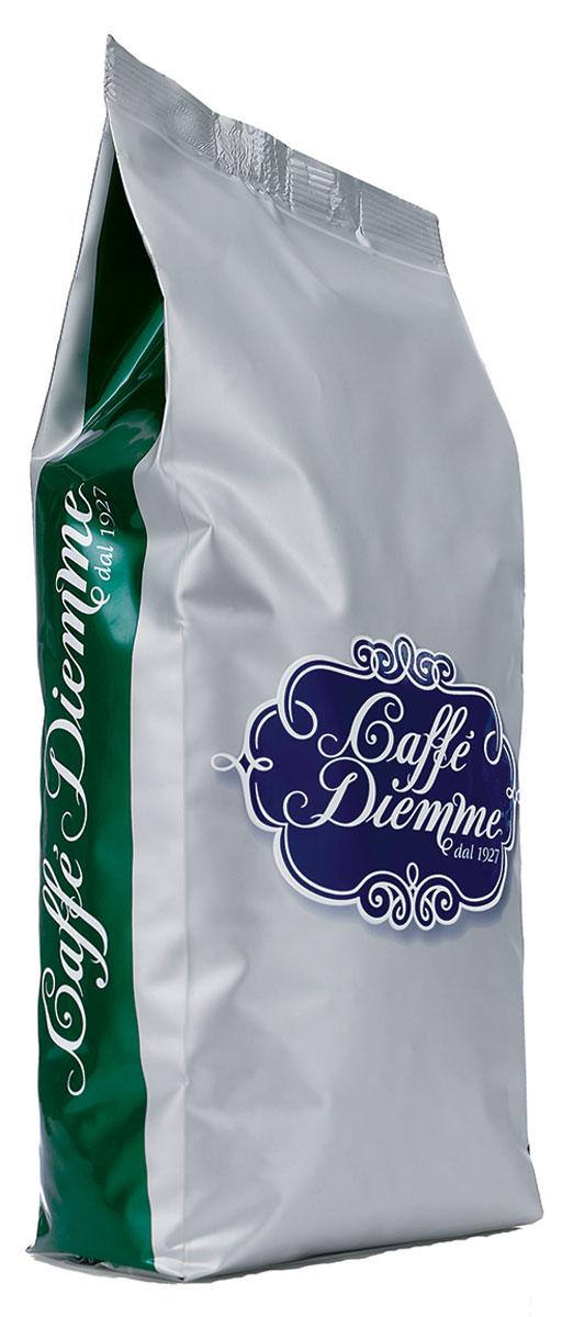 Diemme Caffe Miscela Aromatica кофе в зернах, 1 кг8003866004023Miscela Aromatica - традиционно безукоризненное качество от Diemme. Классический итальянский рецепт и технология обжарки лучших зерен с плантаций Колумбии, Бразилии, Коста-Рики, а так же Танзании и Кении. Незабываемый вкус кофе с приятным цветочным ароматом с легким оттенком какао, хлебных злаков и специй.Кофе: мифы и факты. Статья OZON Гид