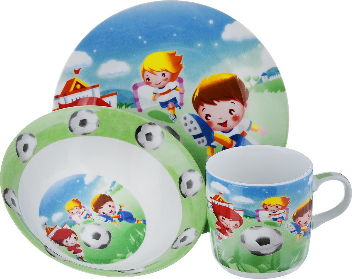 Набор детской посуды Loraine Футбол, 3 предмета24022Набор посуды Loraine Футбол изготовлен из высококачественной экологически чистой керамики. В набор входят 3 предмета: тарелка обеденная, тарелка суповая, кружка. Посуда оформлена красочными рисунками. Набор, несомненно, привлечет внимание вашего ребенка и не позволит ему скучать. Порадуйте своего ребенка этим замечательным набором!Объем кружки: 230 мл.Диаметр кружки (по верхнему краю): 7.5 см. Высота кружки: 7,5 см. Диаметр тарелки обеденной (по верхнему краю): 8 см.Высота тарелки обеденной: 1,8 см.Диаметр тарелки суповой (по верхнему краю): 15 см.Высота тарелки суповой: 4,8 см.