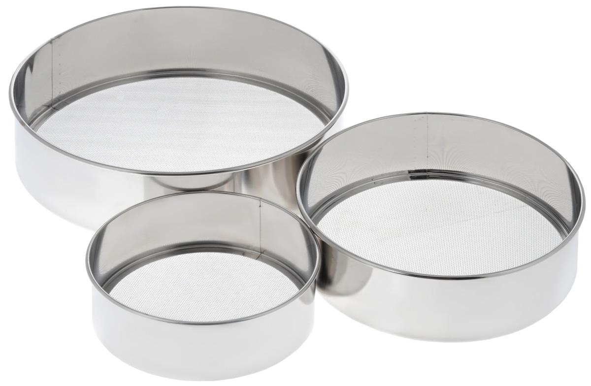 """Набор сит для муки """"Bekker"""", выполненный извысококачественной нержавеющей стали, станетнезаменимым аксессуаром на вашей кухне. Внабор входит 3 сита разного размера. Изделияоснащены удобными бортиками и прочнойстальной сеткой. Корпус обеспечивает изделиюизносостойкость и долговечность. Такой набор станет достойным дополнением ккухонному инвентарю.Можно мыть в посудомоечной машине. Диаметр сита (по верхнему краю): 15,5 см; 21,5см; 27,5 см. Высота сита: 5 см; 6 см; 7 см."""