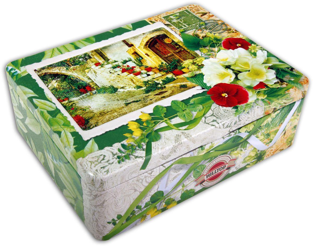 Hilltop Итальянский дворик чайный набор, 200 г4607099302662Чайный набор Hilltop Итальянский дворик поставляется в подарочной шкатулке с крышкой. Внутри 4 жестяные чайницы и металлическое заварное ситечко.Состав набора:Цейлонский чай (50 г) — особый сорт черного цейлонского байхового среднелистового чая, содержащий большое количество эфирных масел, с богатым вкусом, насыщенным ароматом и выраженным тонизирующим эффектом.Солнечный апельсин (50 г) — деликатно сбалансированная смесь черного и зеленого чая с цедрой лимона и апельсина. Чай с сияющим цветом и бархатным вкусом.Душистый зеленый чай (50 г) с экстрактом плодов саусепа - ароматного тропического фрукта.Полуферментированный Оолонг (50 г) сочетает свойства зеленого и черного чая, яркий аромат и насыщенный вкус для восстановления жизненных сил.Всё о чае: сорта, факты, советы по выбору и употреблению. Статья OZON Гид
