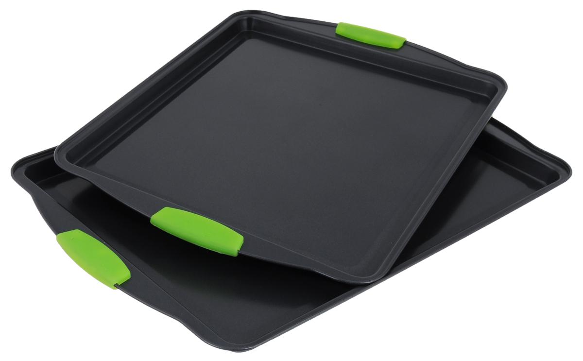 Противень Calve Premium Quality, с антипригарным покрытием, прямоугольный, цвет: салатовый, 2 штCL-4586Набор Calve Premium Quality состоит из 2 противней разного размера. Каждый противень выполнен из высококачественной углеродистой стали и снабжен антипригарным покрытием, что обеспечивает ему прочность и долговечность, и не нагревающимися ручками с силиконовым покрытием. Противень равномерно и быстро прогревается, что способствует лучшему пропеканию пищи. Его легко чистить. Готовая выпечка без труда извлекается. Противень подходит для использования в духовке с максимальной температурой 260°С. Перед каждым использованием противень необходимосмазать небольшим количеством масла. Простой в уходе и долговечный в использовании противень Calve Premium Quality станет верным помощником в создании ваших кулинарных шедевров. Можно мыть в посудомоечной машине.Размер большого противня: 44 х 30 х 1,5 см. Размер маленького противня: 39 х 29 х 1,5 см. Толщина стенки: 0,3 мм.