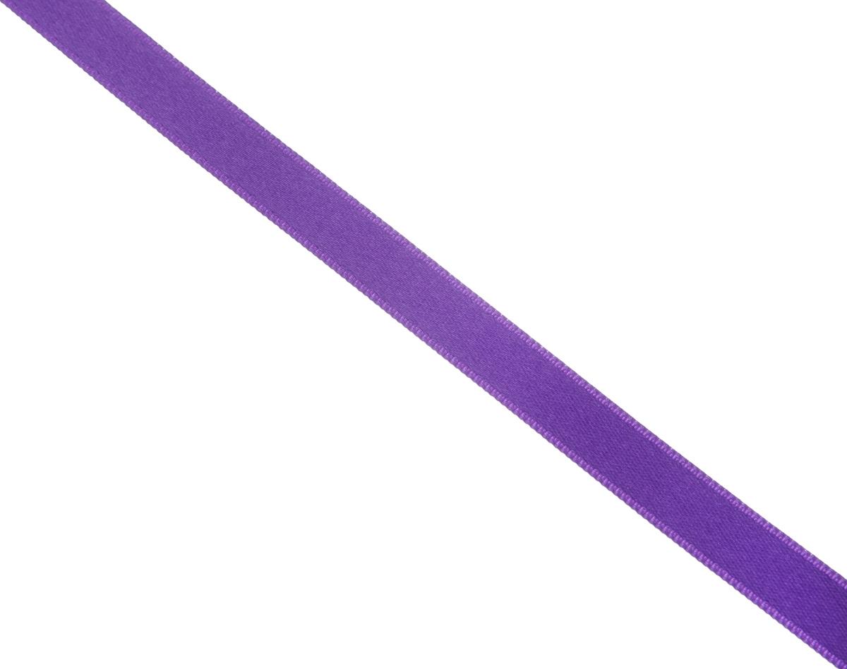 Лента атласная Prym, цвет: фиолетовый, ширина 10 мм, длина 25 м697086_60Атласная лента Prym изготовлена из 100% полиэстера. Область применения атласной ленты весьма широка. Изделие предназначено для оформления цветочных букетов, подарочных коробок, пакетов. Кроме того, она с успехом применяется для художественного оформления витрин, праздничного оформления помещений, изготовления искусственных цветов. Ее также можно использовать для творчества в различных техниках, таких как скрапбукинг, оформление аппликаций, для украшения фотоальбомов, подарков, конвертов, фоторамок, открыток и многого другого.Ширина ленты: 10 мм.Длина ленты: 25 м.