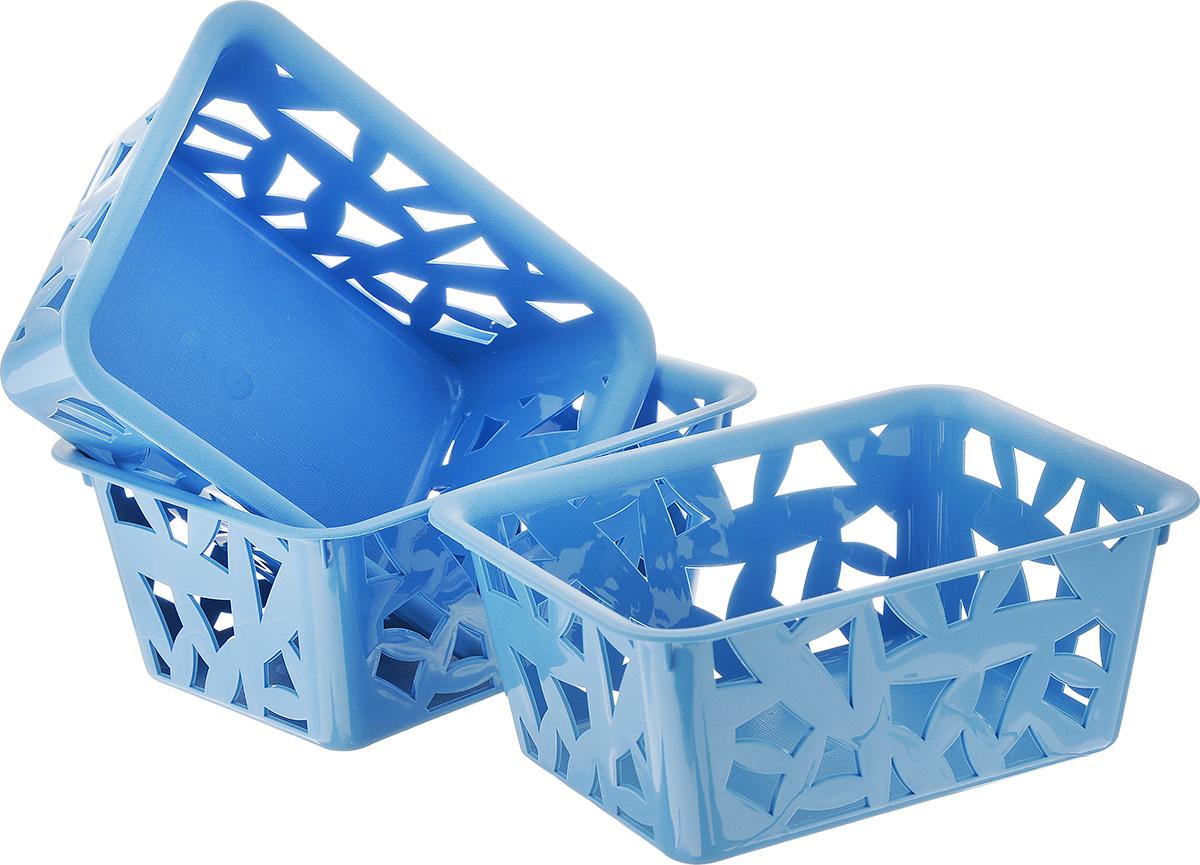 Комплект универсальных корзинок Econova, цвет: голубой, 14,7 х 11 х 6,2 см, 3 штС12374Комплект Econova состоит из трех корзинок, изготовленных из пищевого пластика и не содержащих Бисфенол А. Стенки корзин оформлены изящной перфорацией. Каждая корзинка с легкостью помещается в другую, что значительно экономит место при хранении изделий. Элегантный выдержанный дизайн позволяет органично вписаться в ваш интерьер.Комплектация: 3 шт.Размер корзинки: 14,7 х 11 х 6,2 см.