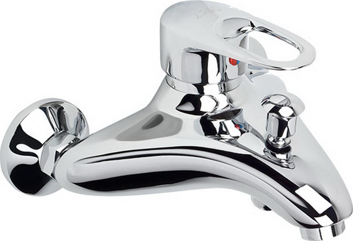 Смеситель для ванны Argo Boss, длина 17,5 см9740Смеситель для ванны Argo Boss предназначен для смешивания холодной и горячей воды, устанавливается на стену. Выполнен извысококачественного металла с покрытием из никеля и хрома. Тип дайвотера: штоковый .Аэратор: ячейковый М28х1 OnlyPlast 16 - 20 л/мин при 0,3 МПа. Крепеж: эксцентрик 3/4 x 1/2, прокладка-фильтр.В комплекте трехпозиционная душевая лейка и двухпозиционный кронштейн. Длина душевого шланга: 150 см.