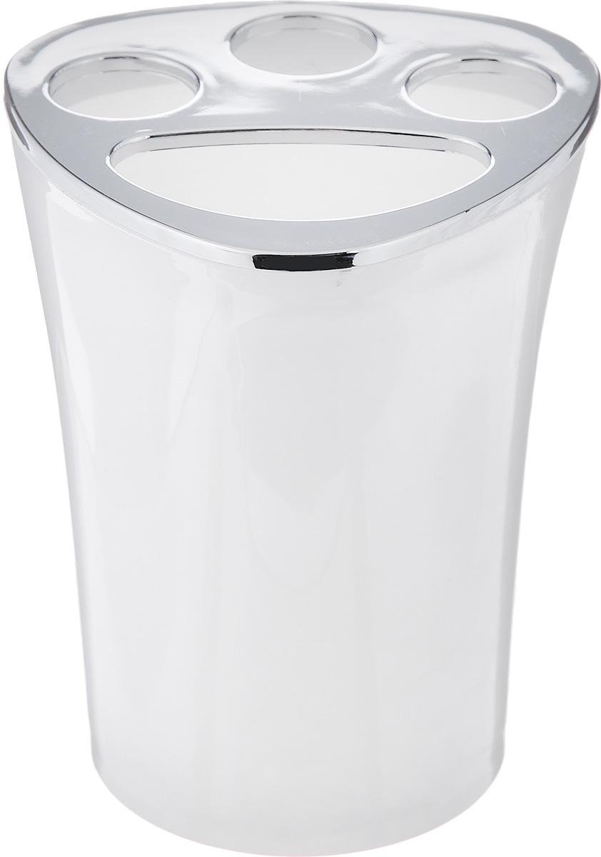 Стакан для зубных щеток Vanstore Wiki White, цвет: белый, высота 10 см355-02Оригинальный стакан для зубных щеток Vanstore Wiki White изготовлен из пластика и отлично подойдет для вашей ванной комнаты. Стильный дизайн изделия притягивает взгляд и прекрасно подойдет к интерьеру в ванной комнаты.Размер стакана: 8 х 8 х 10 см.
