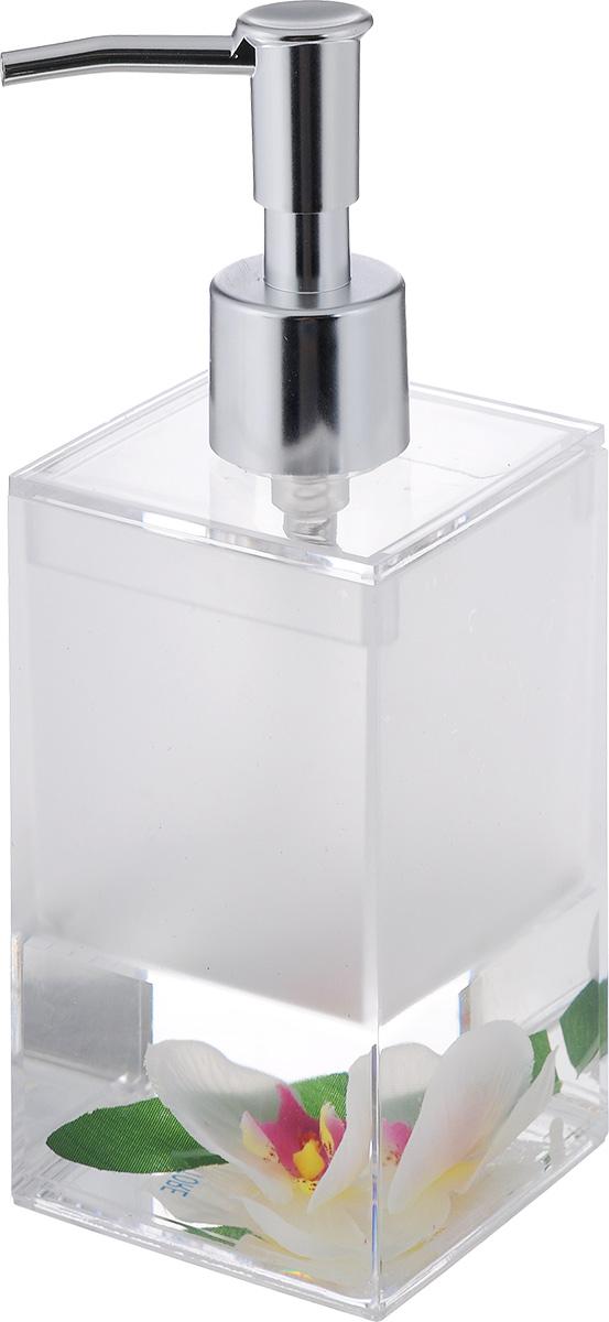 """Дозатор для жидкого мыла Vanstore """"Lotus"""", изготовленный из прозрачного пластика, отлично подойдет для вашей ванной комнаты. Дозатор имеет двойные стенки, между которыми находится нетоксичная жидкость с искусственными цветком и листком. Такой аксессуар очень удобен в использовании, достаточно лишь перелить жидкое мыло в дозатор, а когда необходимо использование мыла, легким нажатием выдавить нужное количество. Дозатор для жидкого мыла Vanstore """"Lotus"""" создаст особую атмосферу уюта и максимального комфорта в ванной.Состав: пластик, нетоксичная жидкость, текстиль.Размер дозатора: 6,5 х 6,5 см.Высота дозатора: 19,5 см."""
