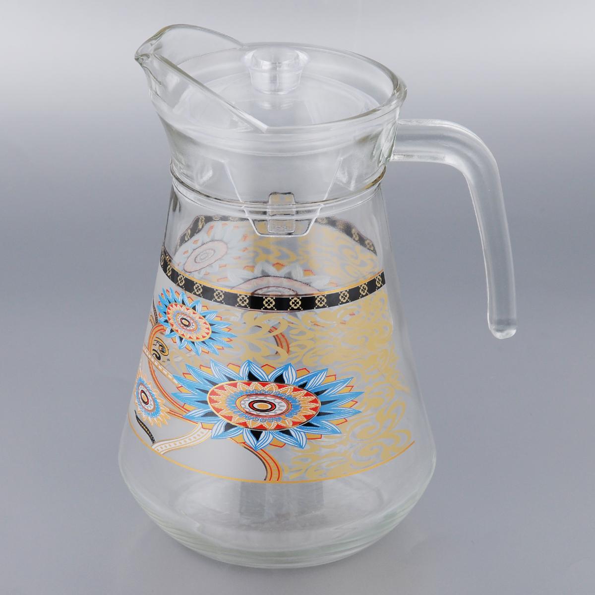 Кувшин Loraine, с крышкой 1,3 л24088Кувшин Loraine изготовлен из прозрачного стекла. Изделие оснащено пластиковой крышкой. Такой кувшин прекрасно подойдет для подачи горячего или холодного сока, воды, компота, лимонада, молока и многих других напитков. Кувшин с напитками можно хранить в холодильной камере. Благодаря яркому, но в то же время лаконичному дизайну кувшин станет украшением вашего стола. Не рекомендуется мыть в посудомоечной машине.Высота кувшина (без учета крышки): 22 см.Размер (по верхнему краю): 11 х 10 см.